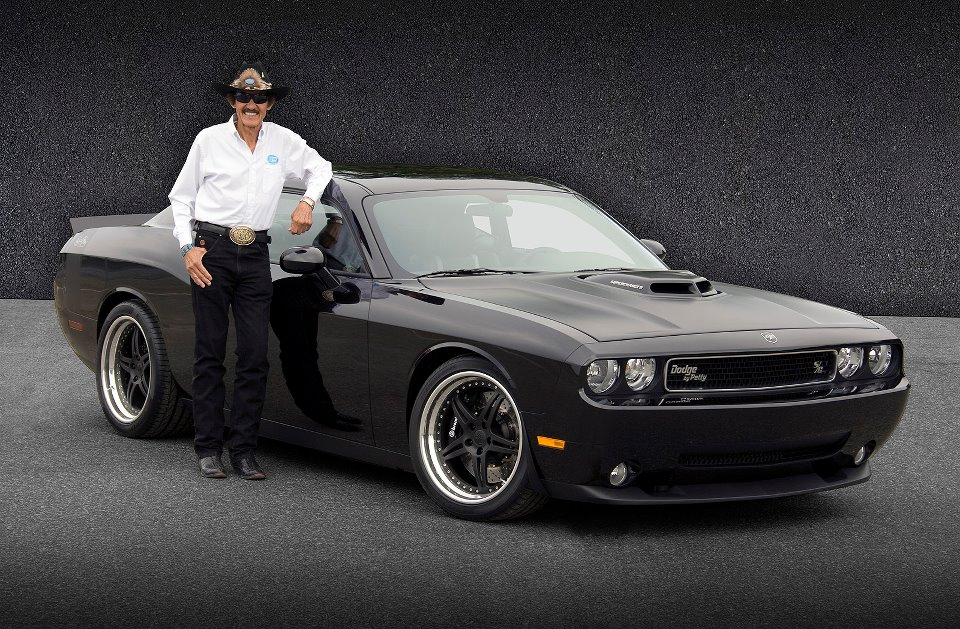 Dodge Challenger Petty Edition >> RICHARD PETTY DABBLES IN DRAG RACING AGAIN   Competition Plus